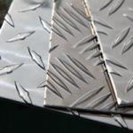 Tôles aluminium à damier